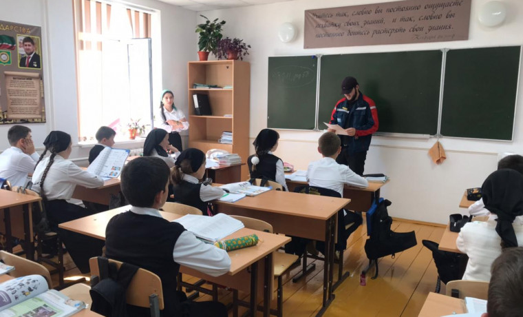 «Россети Северный Кавказ» продолжают знакомить школьников ЧР с основами электробезопасности