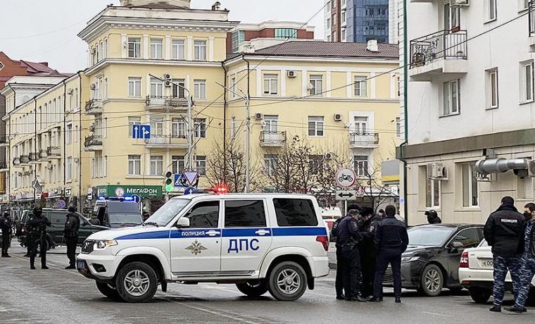 Стало известно имя погибшего полицейского в Грозном