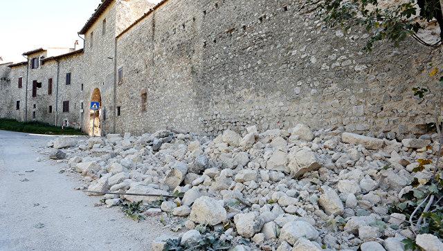 В 100 городах центральной Италии зафиксированы разрушения после землетрясения