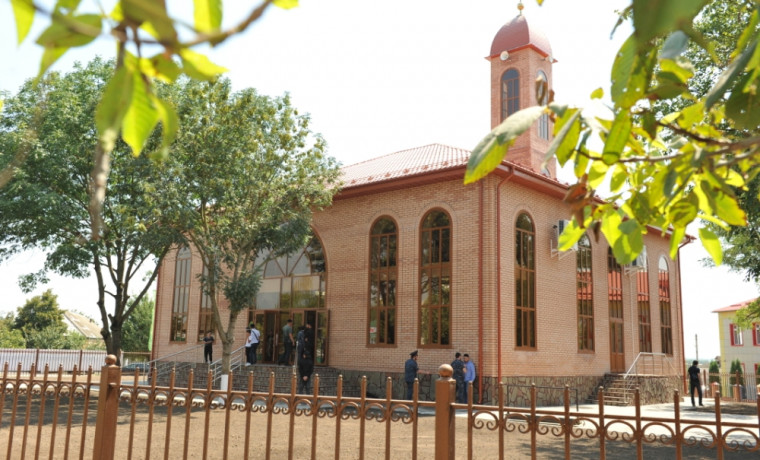 """Мухаммед Юсупов: """"Мечеть носит мощный социальный характер, способствующий укреплению уз братства"""""""