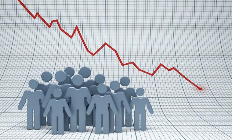 Снижение рождаемости в России продолжается, при этом темпы спада замедляются, заявили в Минтруде