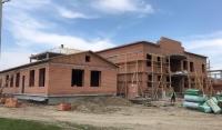 В селении Новый Шарой продолжается строительство школы на 360 мест   ⠀