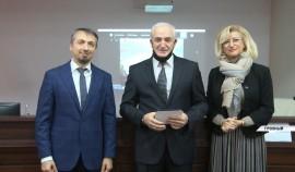 В Грозном начала работу научно-практическая конференция, посвященная педиатрии в условиях COVID-19