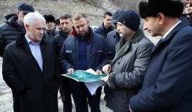 Муслим Хучиев обсудил строительство малой гидроэлектростанции в ЧР с представителями «РусГидро»