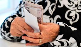 Более 30,2 млн пенсионеров уже получили выплаты по 10 тыс. рублей