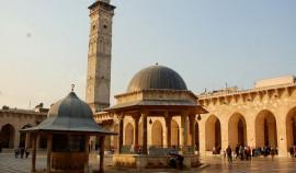 Делегация из ЧР во главе с Турко Даудовым посетила мечеть Омейядов в Алеппо