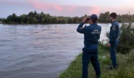 В Чеченской Республике продолжаются поиски пропавшего на реке Терек подростка