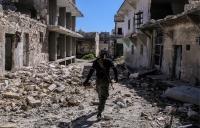 Боевики в Алеппо требуют с мирных жителей плату за выход по гуманитарным коридорам