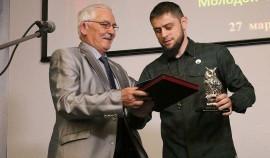 Ахмед Дудаев стал лауреатом XVII премии Интеллектуального центра ЧР в номинации «Журналистика»