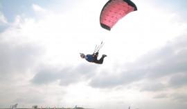 Рамзан Кадыров посетил первые в СКФО соревнования по купольному пилотированию