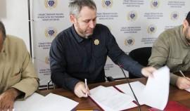 ОП ЧР и политические партии подписали соглашение о взаимодействии в наблюдении за выборами
