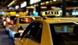 В Госдуму внесли законопроект о запрете водителям с судимостью работать таксистами