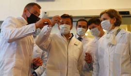 Минздрав России предложил разрешить ввоз не зарегистрированных вакцин в страну