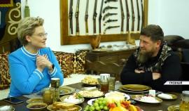 Рамзан Кадыров встретился с известной телеведущей Еленой Малышевой