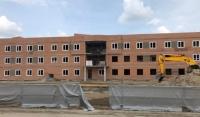 В Надтеречном районе продолжается строительство детского сада и поликлиники