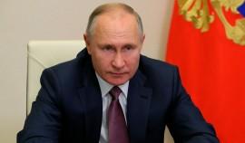Россияне смогут более свободно ездить в другие страны примерно с сентября, заявил Президент