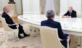 В Кремле проходят переговоры Путина, Пашиняна и Алиева