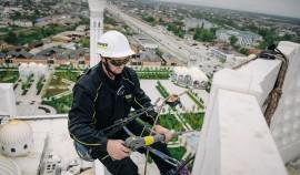 В самой крупной мечети Европы проведены очистительные работы