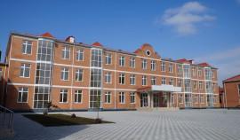 В селении Автуры строится новая школа на 720 мест