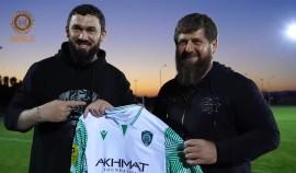 Рамзан Кадыров посетил тренировку ФК