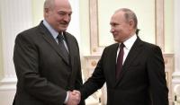 Президент России Владимир Путин поздравил Александра Лукашенко с победой на выборах