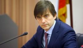 Минпросвещения РФ: Завершение учебного года раньше срока в школах РФ не планируется
