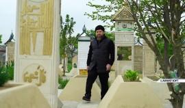 Рамзан Кадыров посетил кладбище в родовом селе