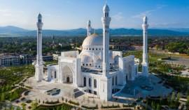 Мехмет Боздаг назвал мечеть имени Пророка Мухаммада ﷺ в Шали самой красивой в мире