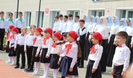 Более 30 тысяч первоклассников сели за парты в школах ЧР