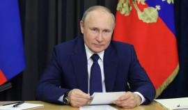 Путин поручил призывать к ответственности за несоблюдение обязанности тушить пожары
