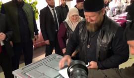 Рамзан Кадыров с семьей принял участие в выборах