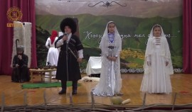 В Центре образования им. А.-Х. Кадырова состоялось праздничное мероприятие ко Дню чеченского языка