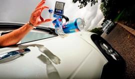 Минтранс планирует повысить штрафы за мусор, выброшенный из окна автомобиля