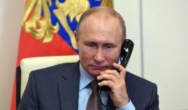 Путин проведет международный телефонный разговор