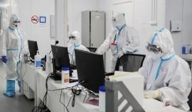 За сутки в России выявили 8 704 заразившихся коронавирусом