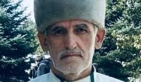 Умер известный чеченский художник Адам Ильясов