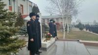 Грозненские суворовцы отдали дань памяти и уважения защитникам Отечества