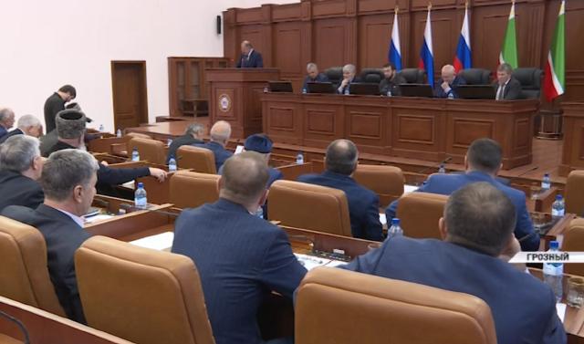В 2019 году Парламент Чечни принял 69 республиканских законов