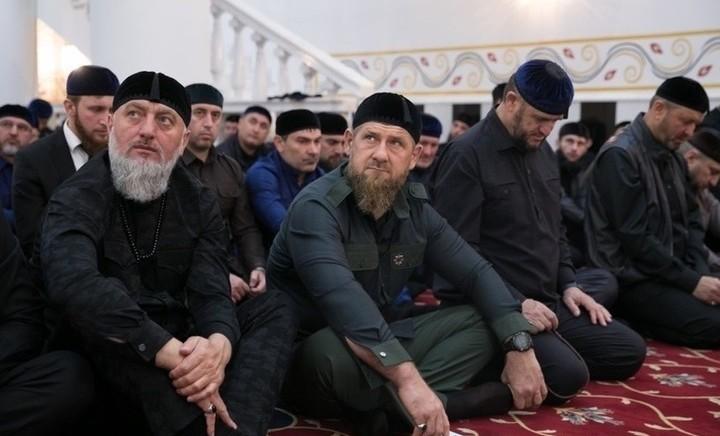 Рамзан Кадыров организовал в Грозном большие религиозные обряды