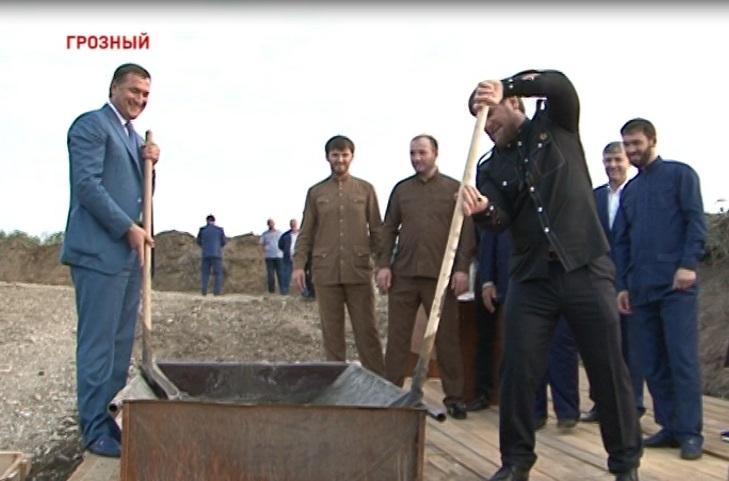 В Грозном началось строительство многофункционального спортивно-оздоровительного комплекса «Аква»