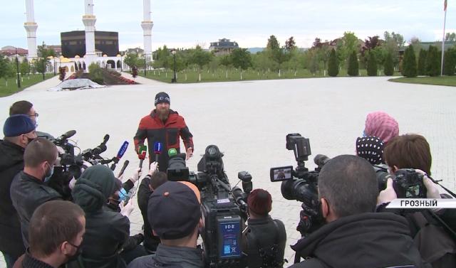 Рамзан Кадыров: По моим прогнозам, после 15 мая большинство жителей ЧР смогут выходить на улицу