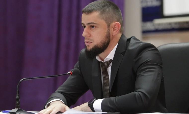 Ахмед Дудаев провел совещание заместителями руководителей органов государственной власти ЧР