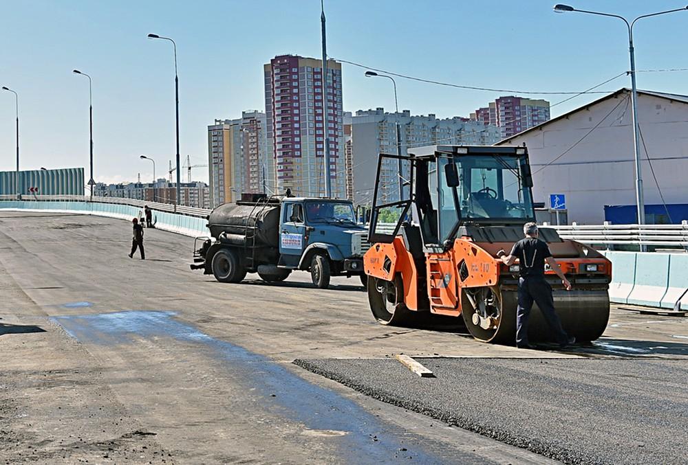 Около 30 млрд рублей в 2017 году выделят на безопасные и качественные дороги в РФ