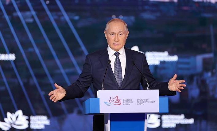 Владимир Путин на пленарном заседании ВЭФ подтвердил курс на опережающее развитие Дальнего Востока