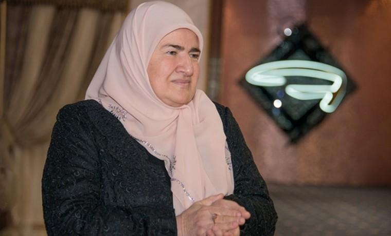 Аймани Кадырова награждена медалью ФСВНГ «За содействие»