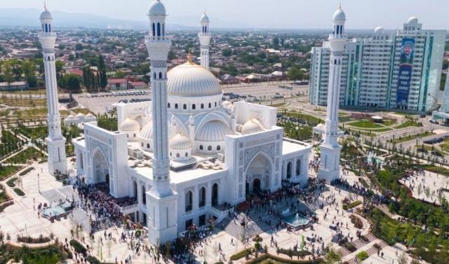 В пятницу в мечетях ЧР прочитают проповеди про исламскую святыню Аль-Акса