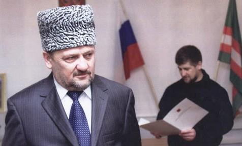 19 октября 2003 года Ахмат-Хаджи Кадыров официально вступил на должность Президента ЧР