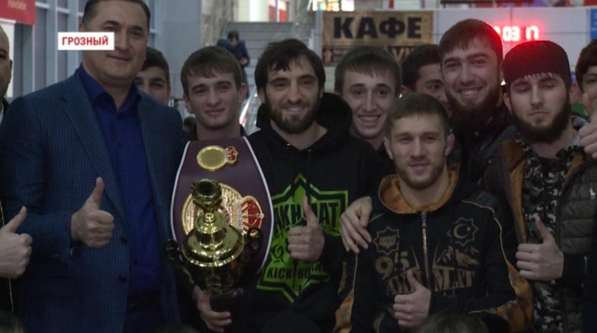 "В Грозном встретили кикбоксёра клуба ""Ахмат"" Хасана Халиева"