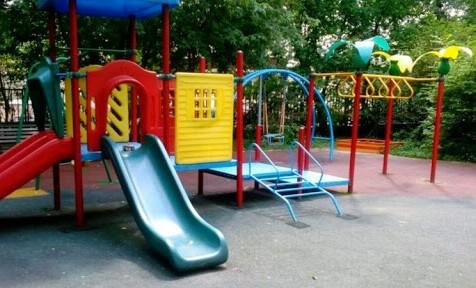 Около 30 детских площадок появились в грозненских дворах в 2020 году благодаря нацпроекту