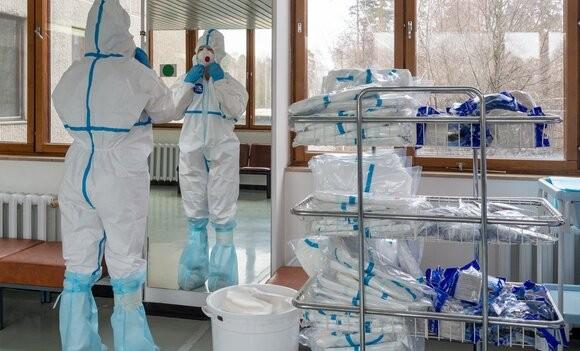 Минздрав РФ: Регионы уже сейчас должны готовиться к нагрузке на здравоохранение в Новый год